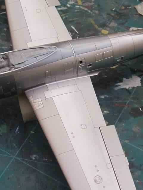 F84G ''Thunderbirds'', 1:48 Tamiya - Page 4 IMG_0172