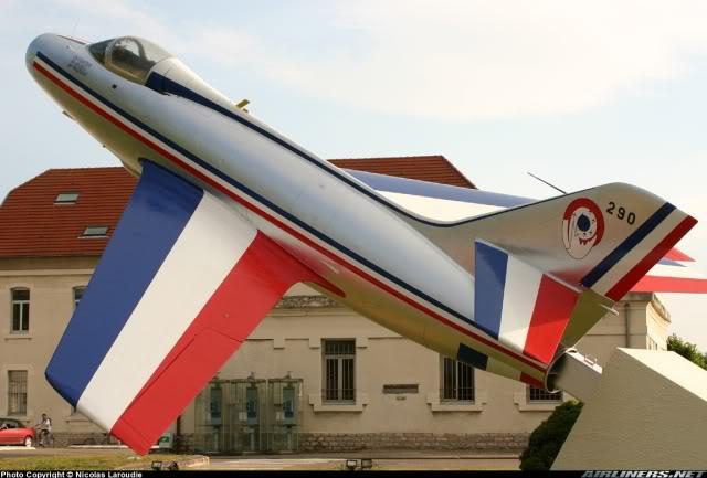 Dassault MD-454 Mystere IV A ''Patrouille de France'' (Revell 1:72) 0790710