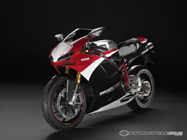 Qual a Mota Desportiva de 2010 que Escolherias? Ducati1198R3