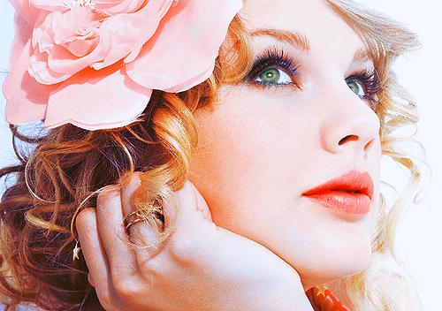 Taylor Swift - Page 4 Tumblr_l1v6lpbU371qzb73oo1_500