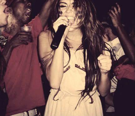 Miley Cyrus - Page 2 Tumblr_l7b4yaTQMq1qdouqlo1_500