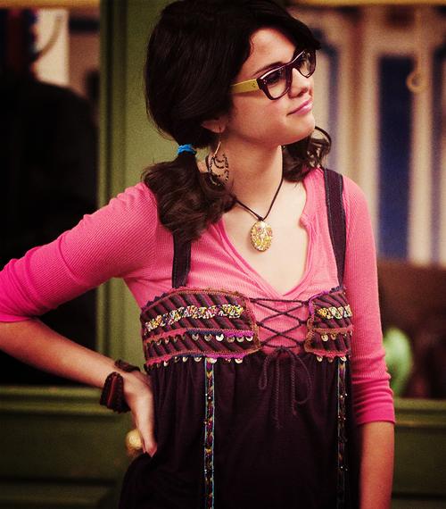 Selena Gomez - Page 4 Tumblr_l8aawutxdF1qbt8b8o1_500