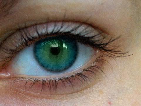 شخصيتك من لون عينيك Eye