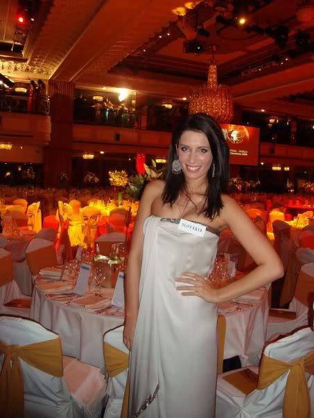 Official thread of Barbora Franekova - Miss Slovakia World 2009 - Page 4 15744_1056310184054_1714832381_1132