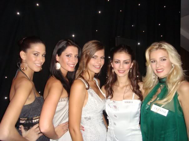 Official thread of Barbora Franekova - Miss Slovakia World 2009 - Page 4 15744_1056310344058_1714832381_1132