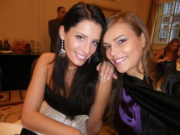Official thread of Barbora Franekova - Miss Slovakia World 2009 - Page 4 15744_1056310864071_1714832381_1132