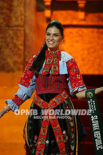 Lea Sindlerova (SLOVAK REPUBLIC EARTH and INTERCONTINENTAL 2009) - Page 2 4078565226_c302fb6293-1