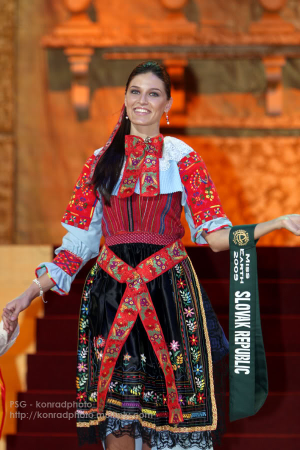 Lea Sindlerova (SLOVAK REPUBLIC EARTH and INTERCONTINENTAL 2009) - Page 2 IMG-4200-copy