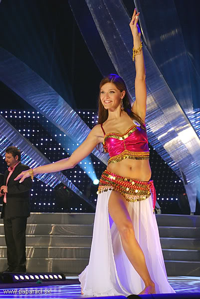 Lea Sindlerova (SLOVAK REPUBLIC EARTH and INTERCONTINENTAL 2009) MISSUNIVERSE2009_0050
