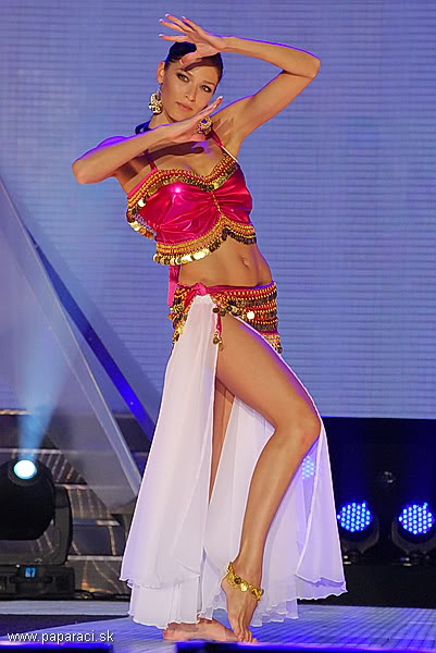 Lea Sindlerova (SLOVAK REPUBLIC EARTH and INTERCONTINENTAL 2009) MISSUNIVERSESR2009GENERALKA_0021