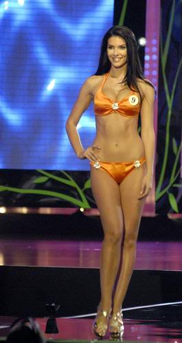 Sona Skoncova - Miss Slovak Republic International 2009 (Official Thread) - Page 2 Skoncova-r355_res