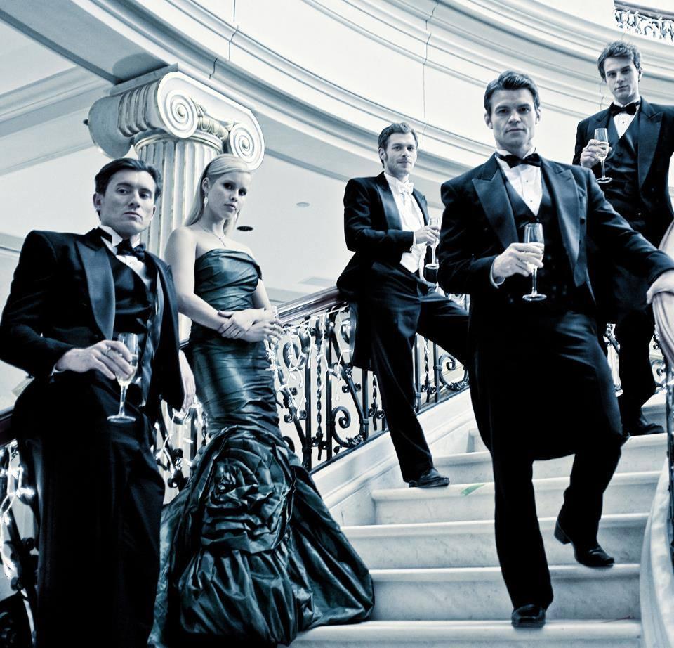 The Vampire Diaries /ვამპირის დღიურები #1 - Page 63 63c964b37d7ed4cd0ff7f89d5efb9f9f
