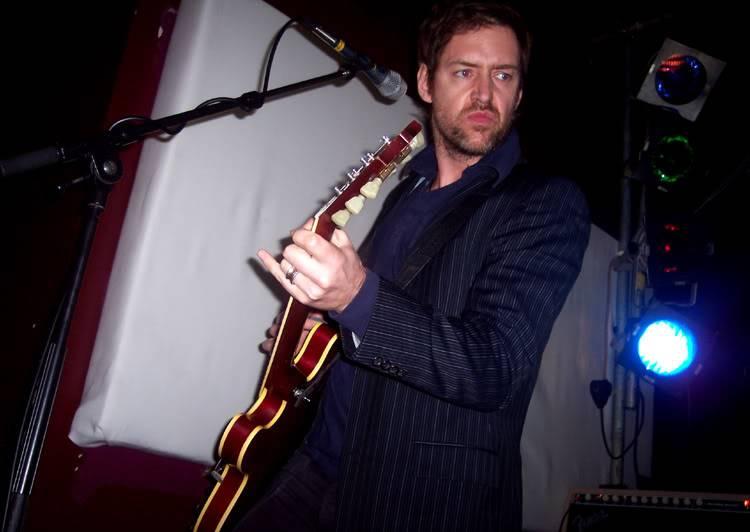 [Fotos] Ed O'Brien Radiohead93010