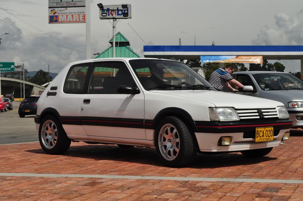 [Mercurio] 205 GTI 1.6 1992, Blanc Meije a Bogotá, Colombie - Page 4 DSC_3983