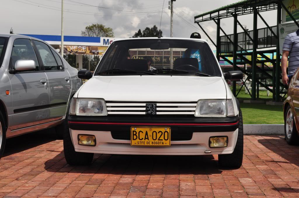 [Mercurio] 205 GTI 1.6 1992, Blanc Meije a Bogotá, Colombie - Page 4 DSC_4008