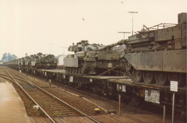 Len Paderborn transport of tanks by rail page 2