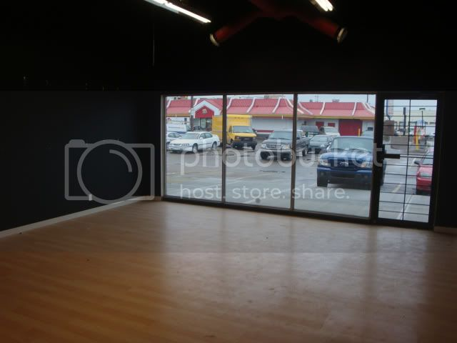 Capital Airsoft's new storefront :) DSC03306