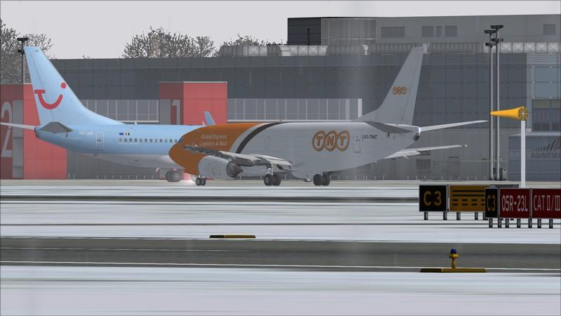 Liège (EBLG) - Genebra (LSGG): Boeing 737-300SF TNT  Avs_2669_zpsh0xjnjcn