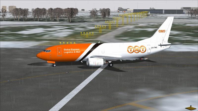 Liège (EBLG) - Genebra (LSGG): Boeing 737-300SF TNT  Avs_2671_zpsysrne85j