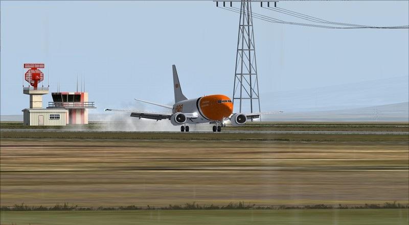 Liège (EBLG) - Genebra (LSGG): Boeing 737-300SF TNT  Avs_2708_zpskagodfgi
