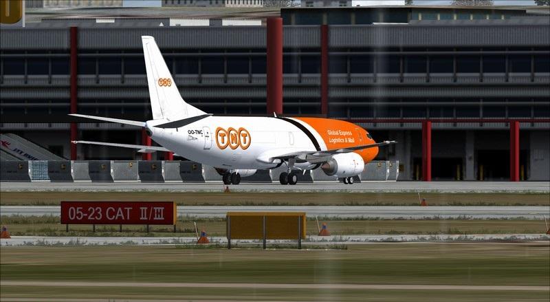 Liège (EBLG) - Genebra (LSGG): Boeing 737-300SF TNT  Avs_2724_zpssh9aqhhb