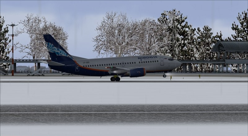 Moscou Sheremetyevo (UUEE) - São Petersburgo Pulkovo (ULLI): Nordavia Boeing 737-500 Avs_2848_zpsistnnaib