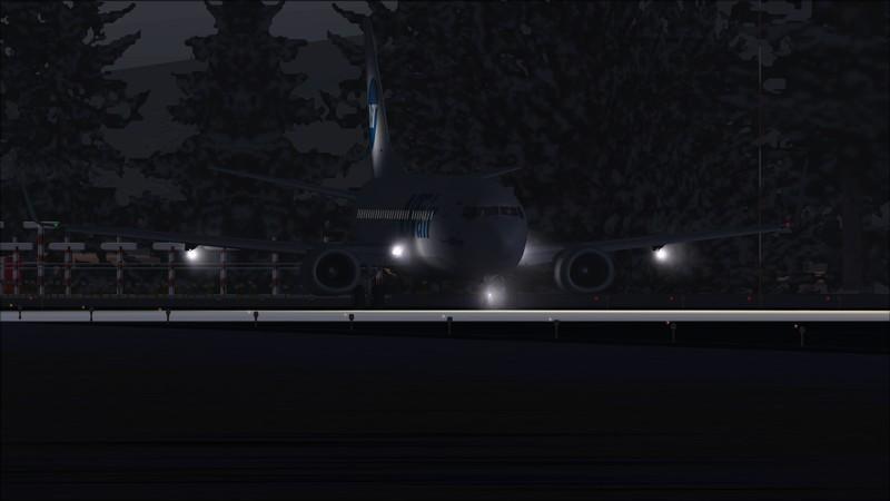 Murmansk (ULMM) - Moscou Vnukovo (UUWW): Utair Boeing 737-500  Avs_3054_zpspfa2out4