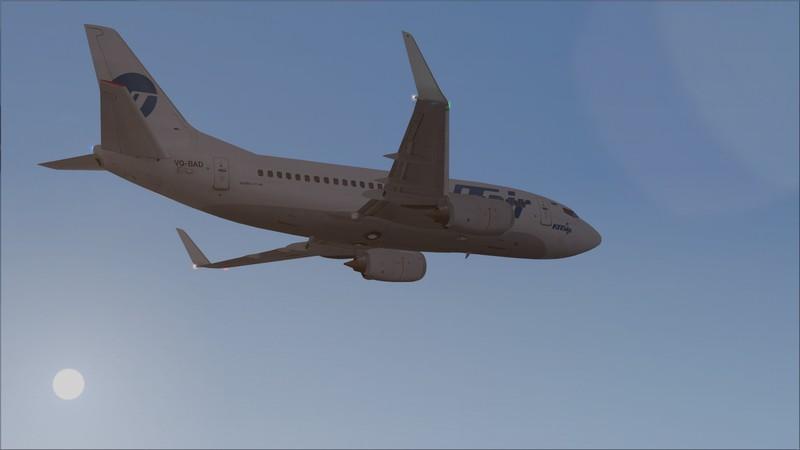 Murmansk (ULMM) - Moscou Vnukovo (UUWW): Utair Boeing 737-500  Avs_3084_zps1sv0suu8
