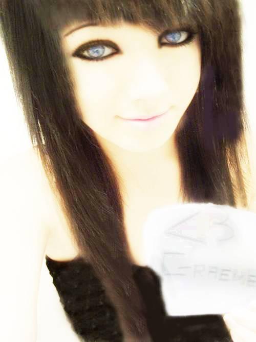 Mah Charries ^_^ Cutescenegirl