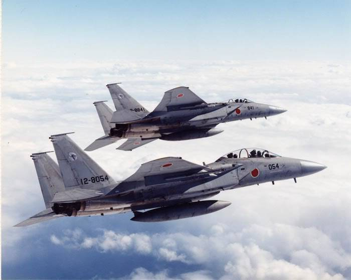 F15 around the world - Page 2 F15-3