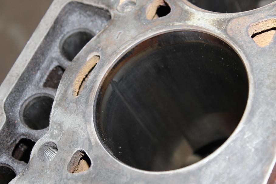 """kikarikoiso: Toyota """"tonninen"""" + Mercs 35_zps9bead44b"""