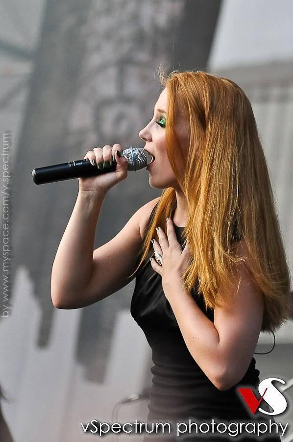 Simone's pics - Page 6 3109
