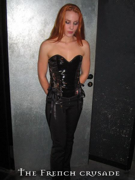 Simone's pics - Page 3 836