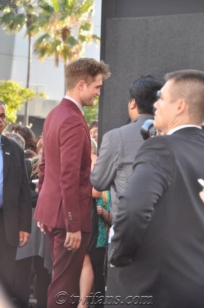Robert Pattinson, semplicemente ROB - Pagina 9 RobertPattinsonEclipsePremiere32