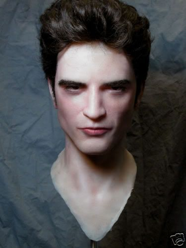 Robert Pattinson - Page 35 Edwardbust