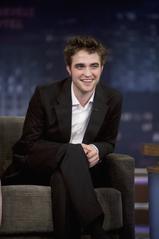 Robert Pattinson: Tema Principal - Página 5 TVsnowsmile4