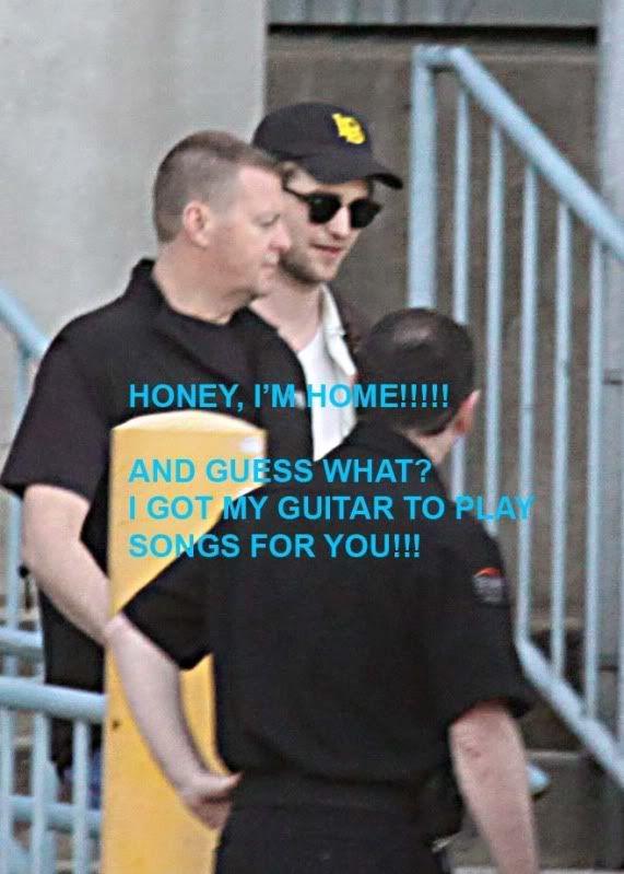 Robert Pattinson - Página 3 Robvancouver42810