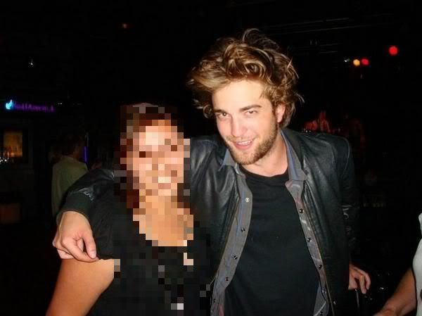 Robert Pattinson - Página 30 Fan72