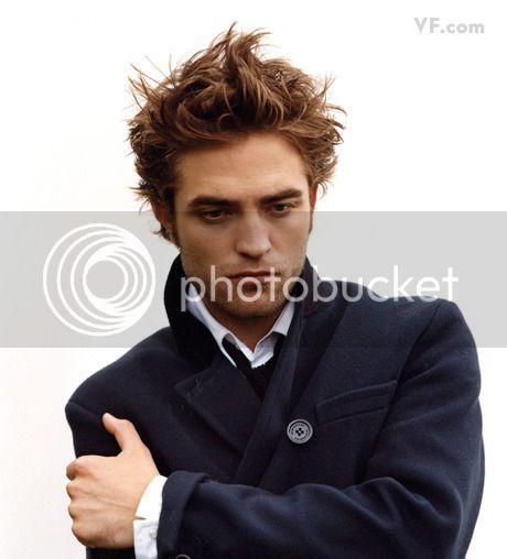 Vanity Fair - 2009 - Page 2 Pattinson-D-0912-17