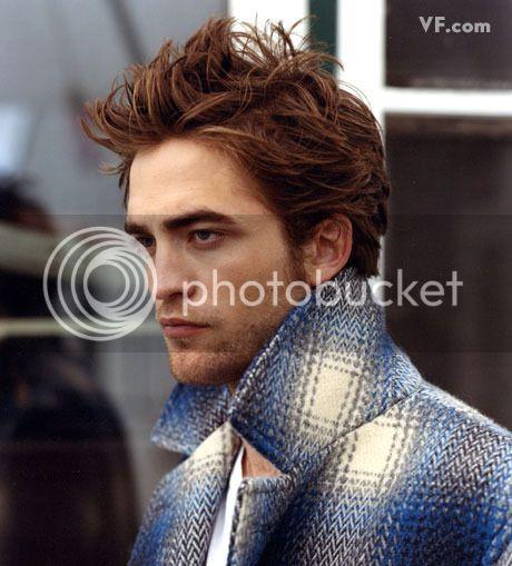 Vanity Fair - 2009 - Page 2 Pattinson-D-0912-19