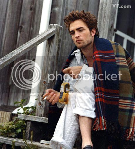 Vanity Fair - 2009 - Page 2 Pattinson-D-0912-20