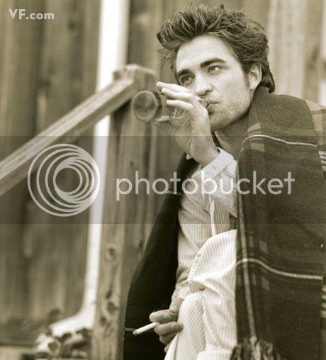 Vanity Fair - 2009 - Page 2 Pattinson-E-0912-17