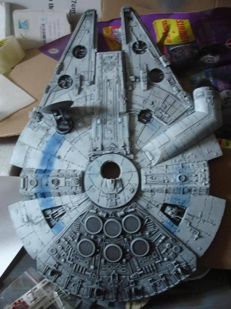 YT-1300 à bandes bleues (Millenium Falcon Episode 3) - Page 2 DSC04872_zpsa566c305