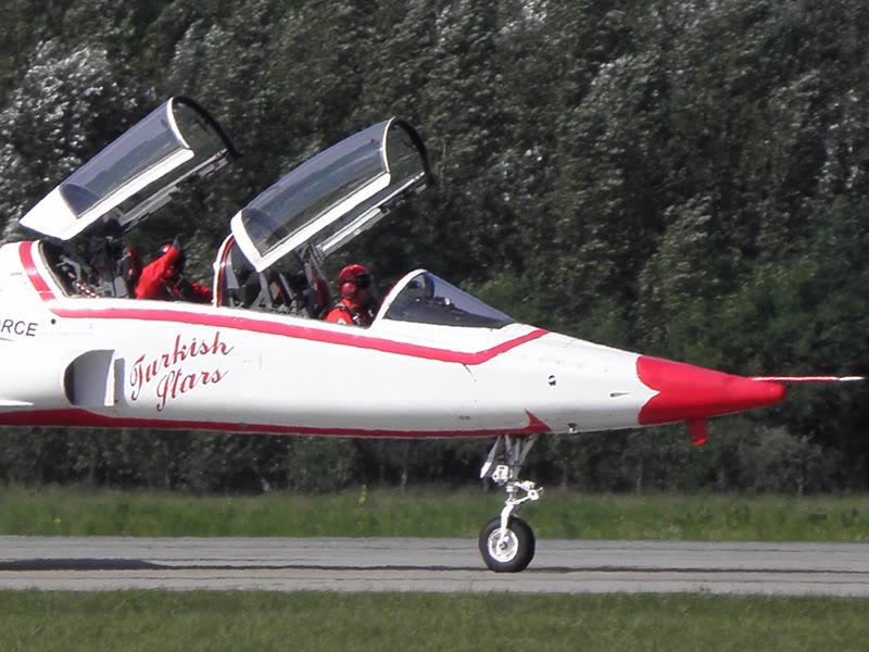 Kecskemét AirShow 2010 - POZE - Pagina 5 080421