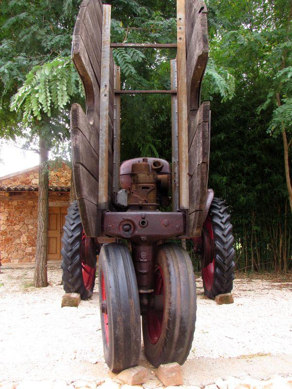 Traktor story – muzej traktora kod porečke Nove Vasi TractorStory003