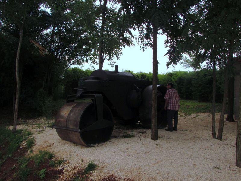 Traktor story – muzej traktora kod porečke Nove Vasi TractorStory005