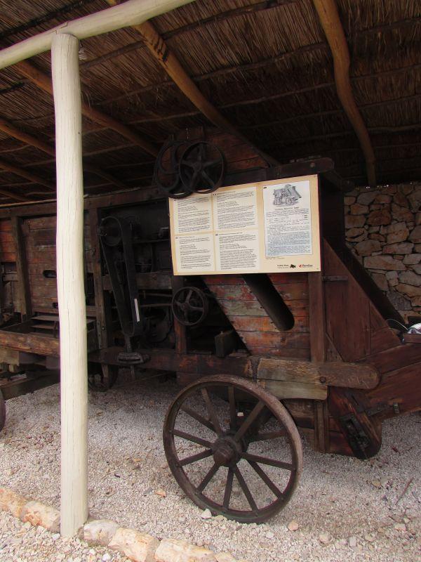 Traktor story – muzej traktora kod porečke Nove Vasi TractorStory017