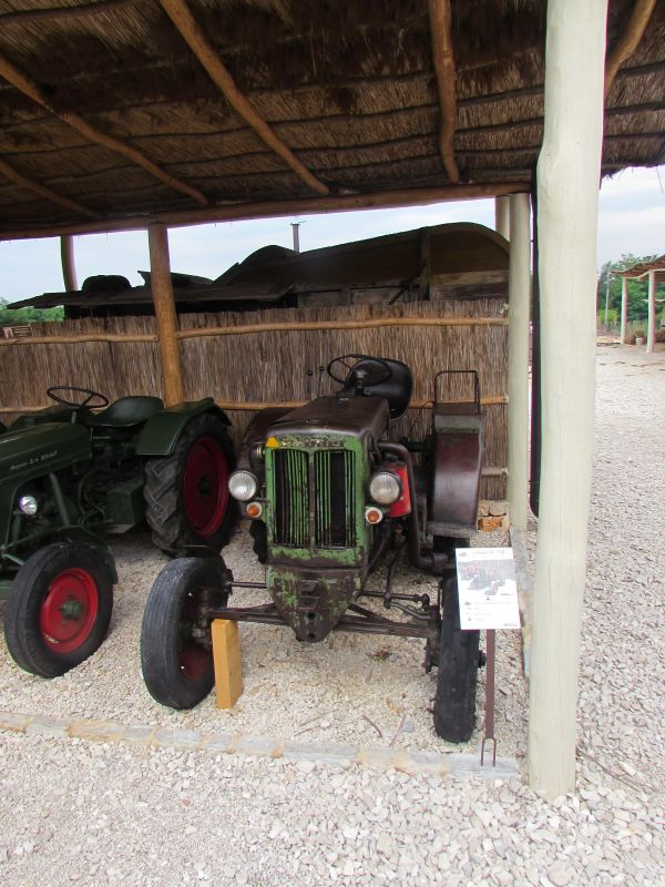 Traktor story – muzej traktora kod porečke Nove Vasi TractorStory020