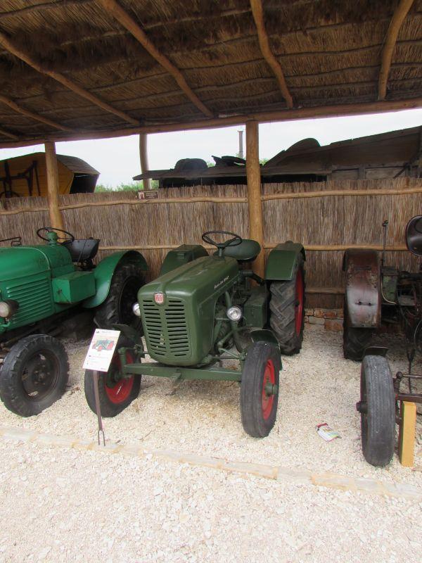 Traktor story – muzej traktora kod porečke Nove Vasi TractorStory021