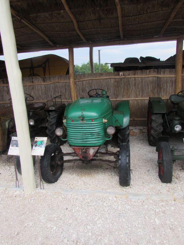 Traktor story – muzej traktora kod porečke Nove Vasi TractorStory022